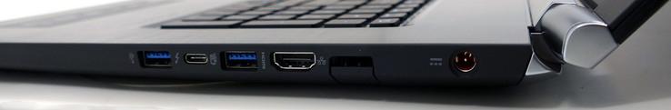 ноутбук Acer VN7-593G порты справа